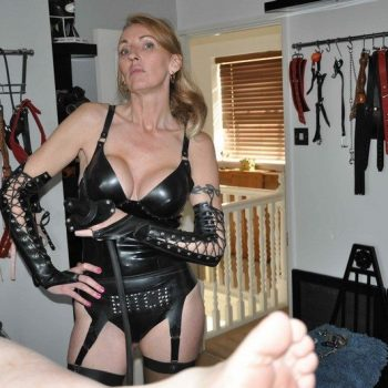BDSM Breath Play Mistress In Oxford